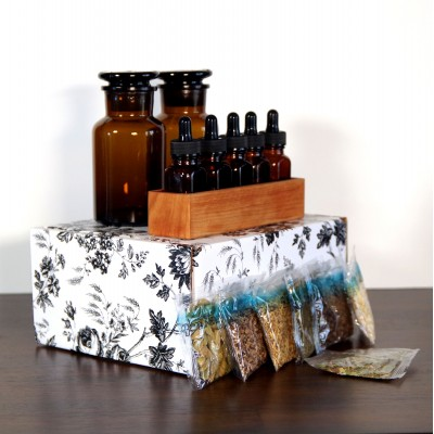 Experimenter DIY Bitters Kit in Small Gift Box